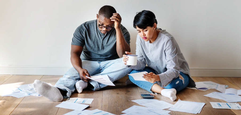 How does an adjustable rate mortgage work?